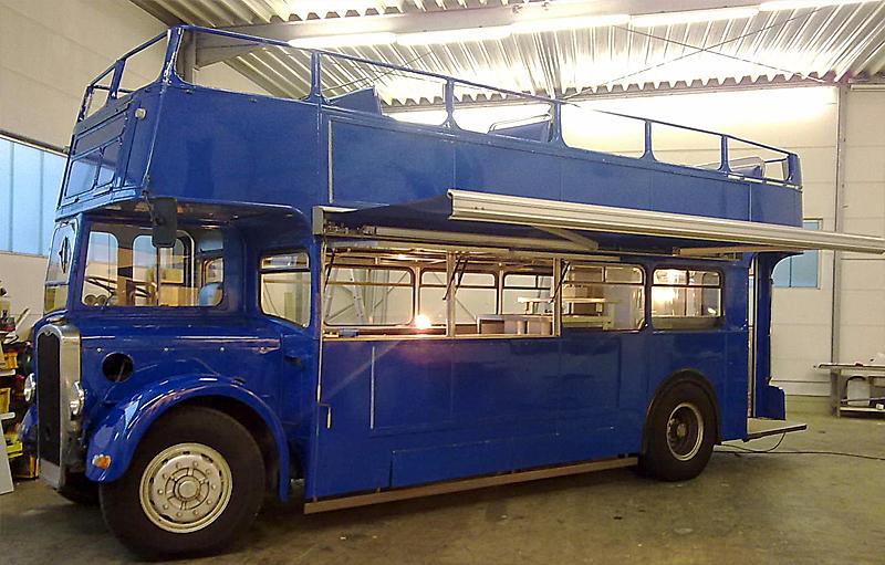 Oldtimer catering doppeldeckerbus bj 1950 for Fenster 4m breit